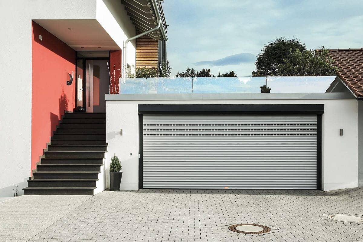 garagentore rolladenbau pfeiffer. Black Bedroom Furniture Sets. Home Design Ideas